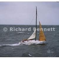 YachtRaces/YR2000/sydney hob 2000/StarlightExpress 664SH00