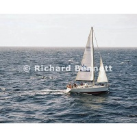 YachtRaces/YR2007/CRUISING YACHTS and POLICE/CRUISING YATCH 679SH07