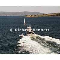 YachtRaces/YR2007/CRUISING YACHTS and POLICE/POLICE BOAT 695LH07
