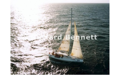 YachtRaces/YR2001/2001SydneyHobart/B52 252 SH01