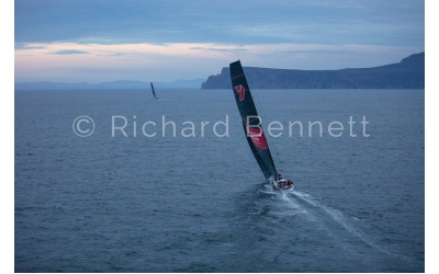 YachtRaces/YR2019/S2H19/WildOatsXI 8318 SH19